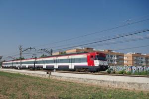 Renfe refuerza el servicio entre Gandia y Valencia durante las Fallas