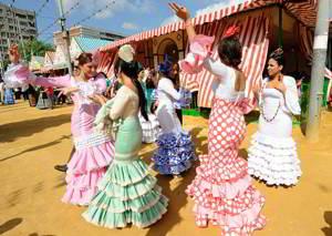 La Feria de Abril en la Playa de Gandia durante el puente de mayo