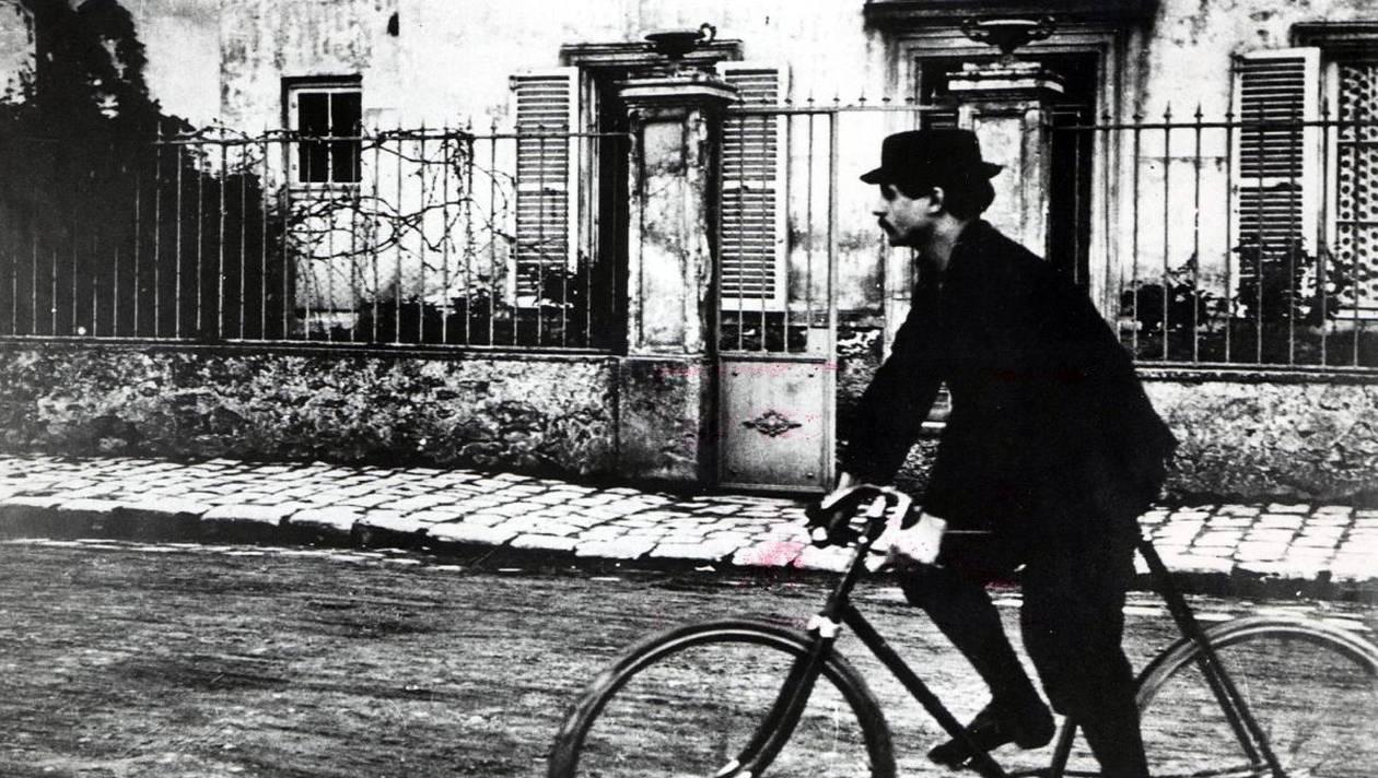 «Pasión Jarry» nos acerca a la obra del escritor Alfred Jarry, precursor del surrealismo