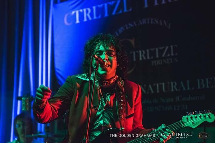 Golden Grahams en el Pub Dublín