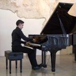 El pianista Adrián Ferrer en los conciertos Pro-Música