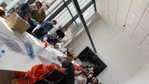 Vicky Foods impulsa la iniciativa solidaria «Mascarillas a gogó»