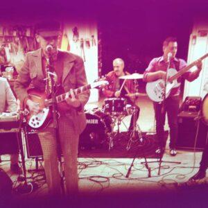 Tardeo en el Pub Dublín con Los Giros