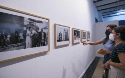 Exposición fotográfica «PartyculaR»